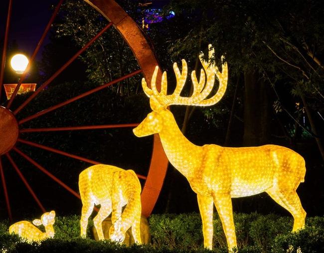 鹿彩灯造型设计制作