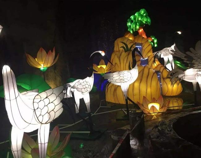 公园仙鹤彩灯造型制作