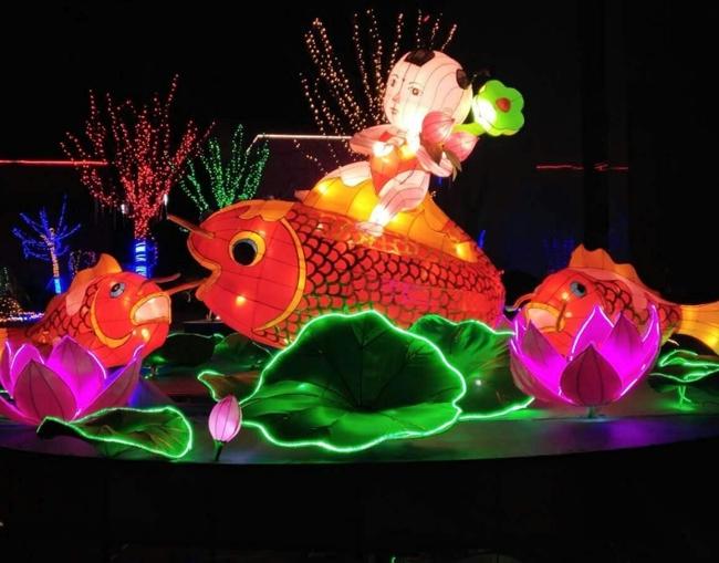 公园湖面彩灯制作