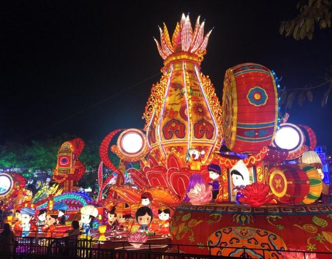 自贡彩灯公园灯展